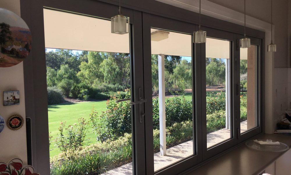 echuca-glass-dual-doors